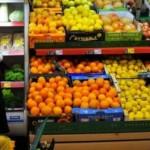Veterinarii caută prin magazine fructe cu pesticide
