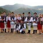 """Parade şi două spectacole pe zi la festivalul folcloric """"Ceahlăul"""""""