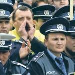 Poliţiştii ies în stradă