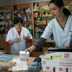 Din exces de zel, şi farmaciştii cer dovada de asigurat