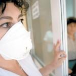 Medic din spital, suspectat de gripă