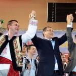 Big-miting electoral cu peste 6.000 de nemţeni / Arsene l-a lăsat fără cuvinte pe Ponta