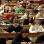 În dezbatere, numărului maxim de studenţi ce pot fi şcolarizaţi în anul universitar 2015 – 2016