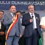 Primarul Daniel Harpa, aplaudat la scenă deschisă de Zilele Orașului Târgu Neamț