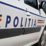 Un tânăr fără permis s-a izbit cu autoutilitara de stâlp și a rănit trei copii