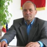 Primarul de Tămășeni a căzut în cap de pe bicicletă