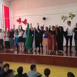 """""""Actorii"""" de la """"Rareș"""" au jucat pentru copiii centrelor de plasament"""
