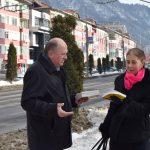 Comunicat de presă de la Primăria Piatra Neamț  Cărți cu poezii de Eminescu dăruite de ziua poetului