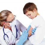 Patru suspiciuni de reacții post-vaccinare, niciuna confirmată