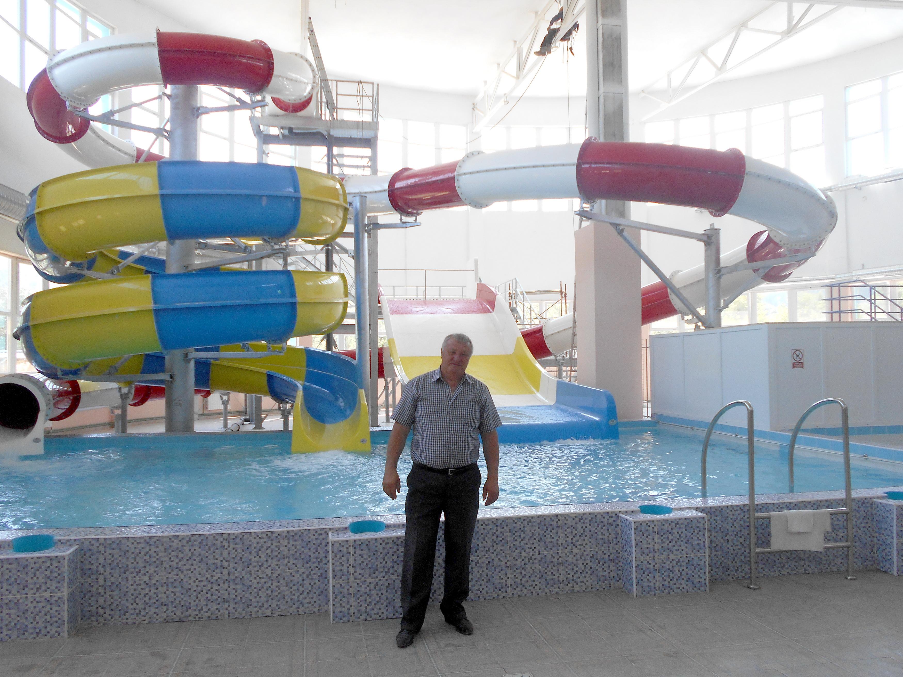 Cel mai mare parc acvatic al moldovei i deschide s mb t for Aqua piscine otterburn park