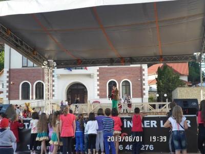 1 iunie curtea domneasca - primarie (9)