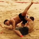 lupte pe nisip