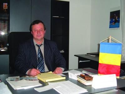 Tian-Tazlău.primar Constantin Machedon,