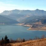 Apa Lacu Izvoru Muntelui