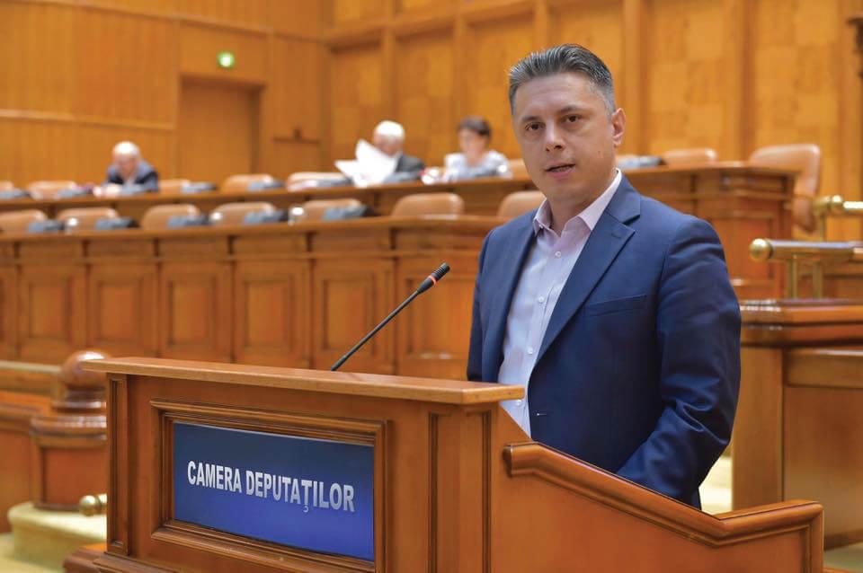 mugur-cozmanciuc-Parlament